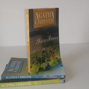 Agatha Christie – Işıklar Sönünce